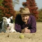 C'era una volta un uomo con il suo amico cane…