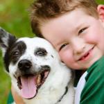 Dagli animali da compagnia i bambini imparano la compassione