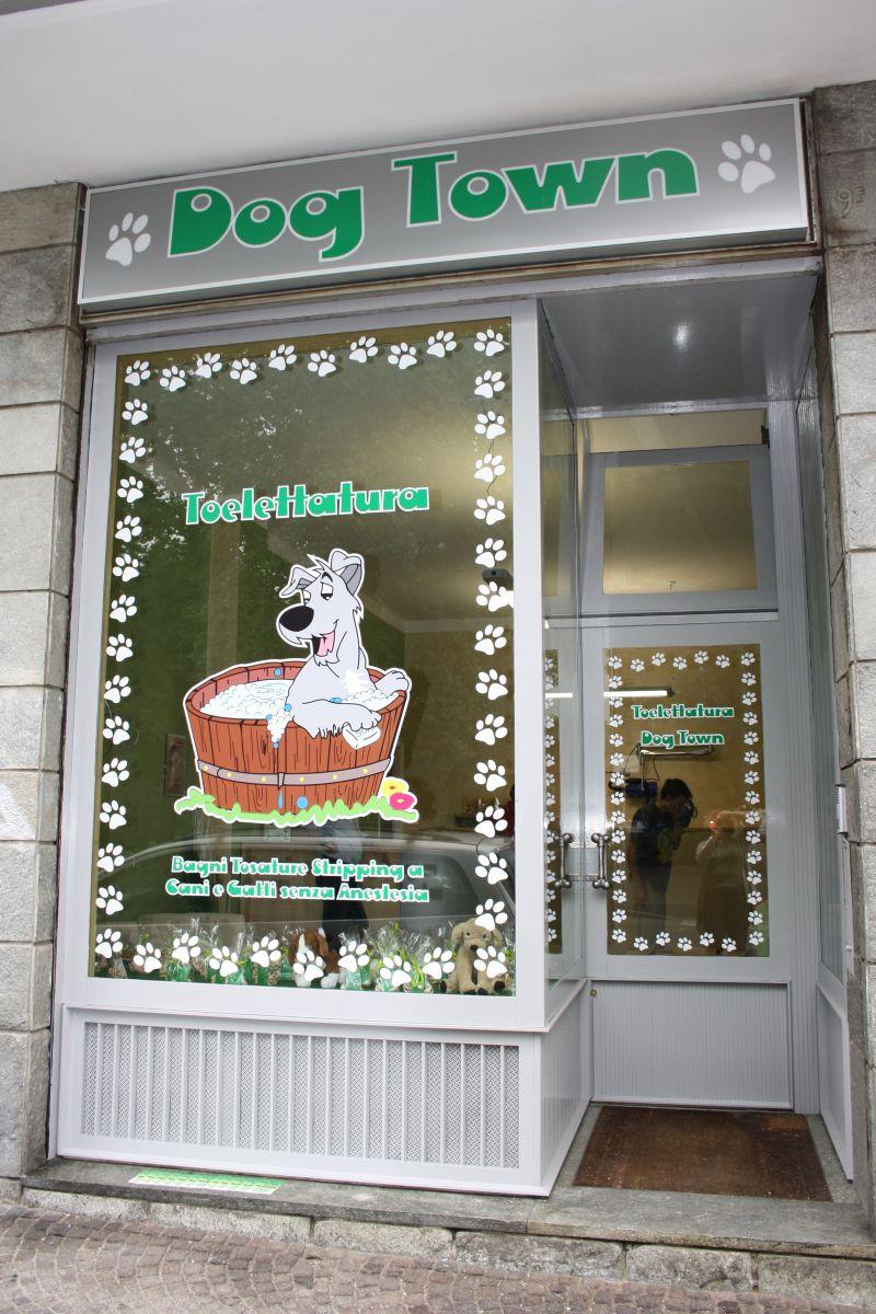 Dog Town - Toelettatura e Dog SPA