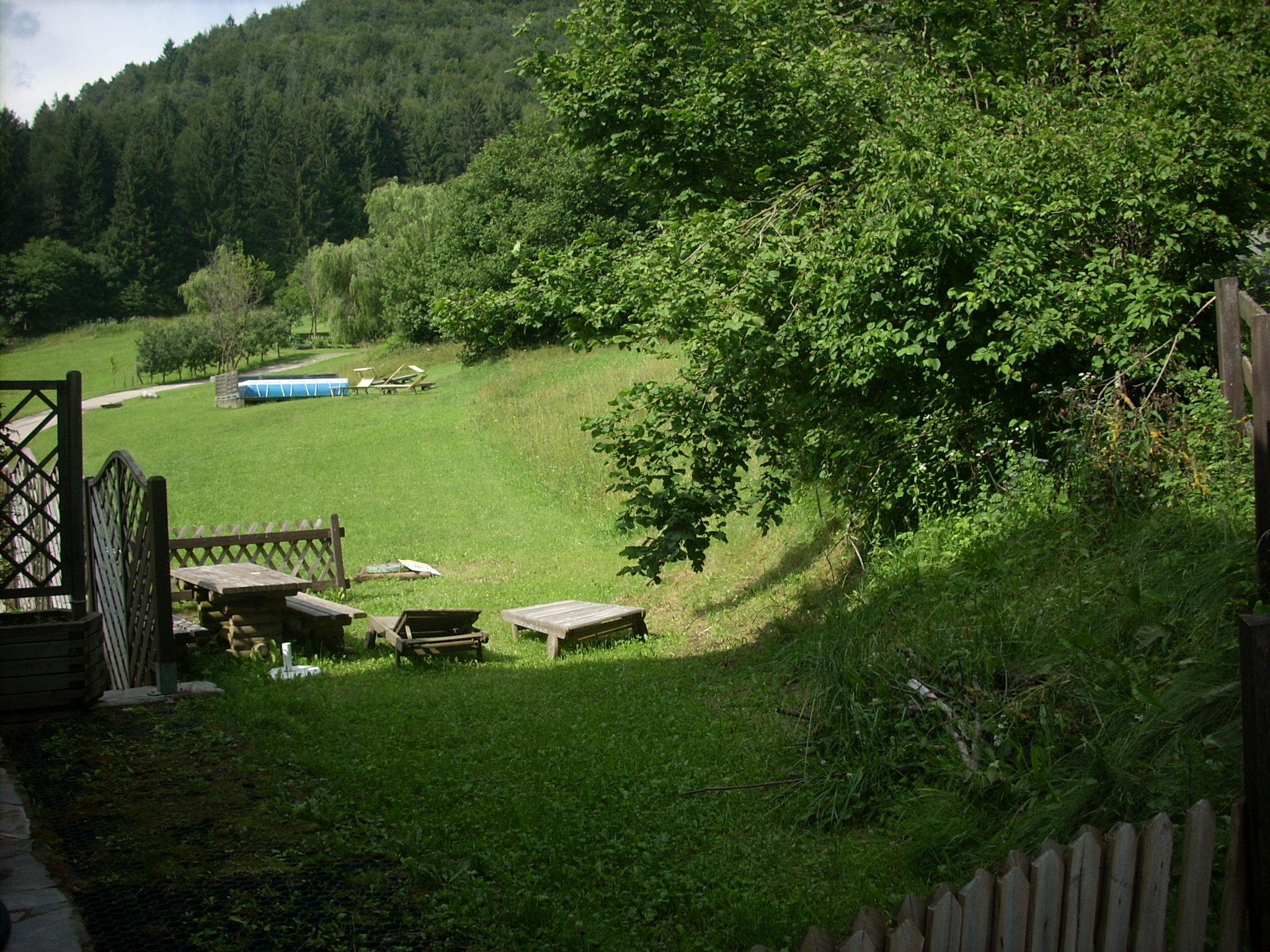 Rustico nel bosco con giardino recintato petpassion - Giardino rustico ...