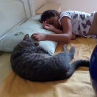Teo dorme